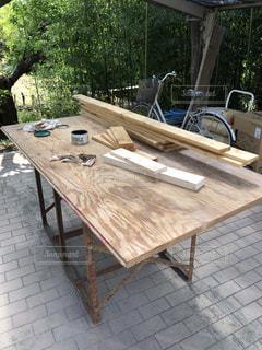 木製のテーブルの写真・画像素材[2087300]
