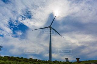 曇りの日に風車の写真・画像素材[1252210]