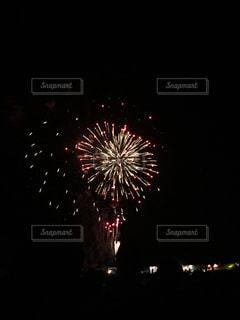 夜空の花火の写真・画像素材[1248633]