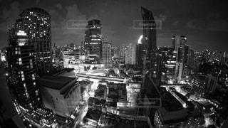 夜の街の景色の写真・画像素材[1249500]