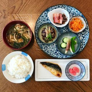 魚介中心の朝ごはんの写真・画像素材[1249930]