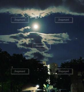 中秋の名月の写真・画像素材[2437470]