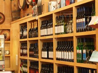 ワインがいっぱいの写真・画像素材[1006750]