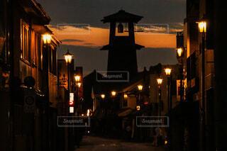 夕暮れの時の鐘の写真・画像素材[4662439]