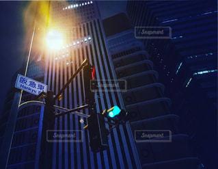 大阪の夜の切り取り世界の写真・画像素材[1263403]