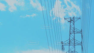 鉄塔と青空の写真・画像素材[1691658]