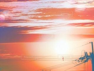 夕焼けと雲に景色の写真・画像素材[3601412]