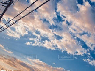 空の雲の写真・画像素材[3690043]