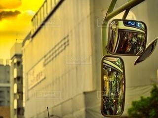 夕暮れバスの写真・画像素材[3724328]