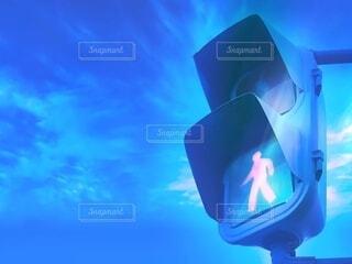 空と信号機の写真・画像素材[3872405]