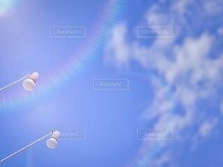 快晴とライトと雲との写真・画像素材[3898248]
