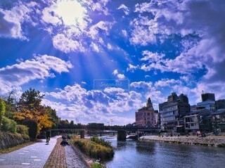 鴨川と四条大橋の写真・画像素材[4026752]