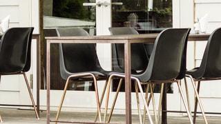 ダイニング ルームのテーブルの写真・画像素材[1263807]