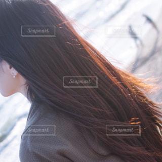 近くの女性のアップの写真・画像素材[1427862]
