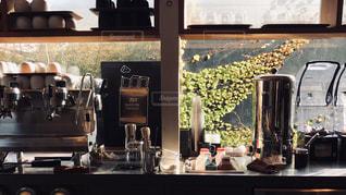 キッチン シンクとウィンドウの写真・画像素材[1652089]