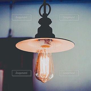 夜はライトアップ ランプの写真・画像素材[1717846]
