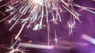 空の花火の写真・画像素材[2284123]