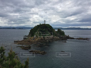 小さな無人島の写真・画像素材[1263617]