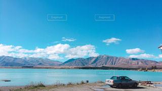 真っ青な大きい湖 - No.1258945