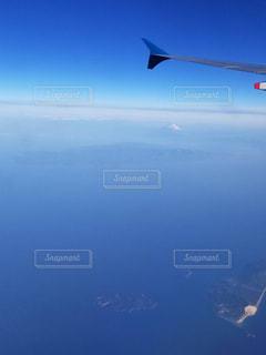 青空と海と富士山の写真・画像素材[1262652]