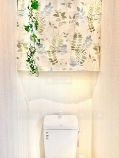 一人暮らしの部屋のトイレの写真・画像素材[3336968]