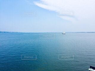 クルーズ船から見た琵琶湖の写真・画像素材[4297834]