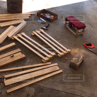 木製ベンチの写真・画像素材[1376013]