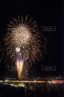 夜空の花火の写真・画像素材[1398887]