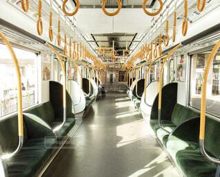 誰もいない電車の車輌の写真・画像素材[4037267]