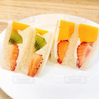 美味しいフルーツサンドの写真・画像素材[1263386]