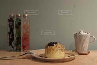 ケーキとコーヒー カップの写真・画像素材[1789133]