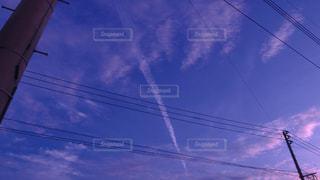 電柱と雲と空の写真・画像素材[1271602]
