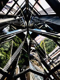 高い建物の写真・画像素材[2441404]