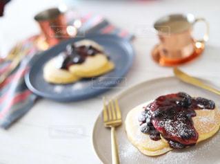 朝ごパンにパンケーキの写真・画像素材[2209516]