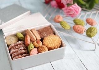 手作りクッキー缶♡の写真・画像素材[2743348]