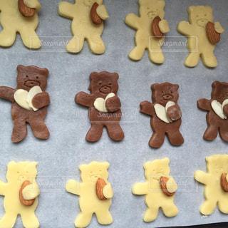 アーモンド抱っこくまさんクッキーの写真・画像素材[3147136]