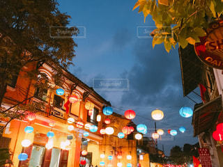 ベトナム、ホイアンのランタン夜景の写真・画像素材[1274284]