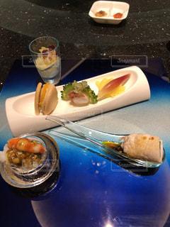 綺麗な盛り付けの中華料理の写真・画像素材[1288019]