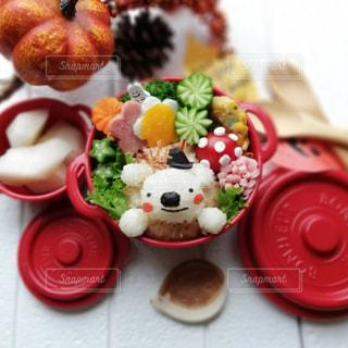 幸せを運んでくれるハリネズミのお弁当の写真・画像素材[1495037]