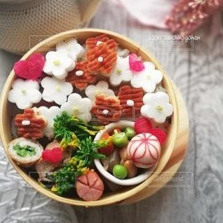 春のお弁当の写真・画像素材[2970286]