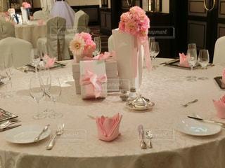 披露宴会場のテーブルの写真・画像素材[1279577]