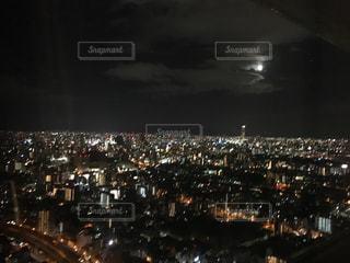 夜の街の景色の写真・画像素材[1278333]