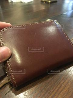 カフェで財布をパシャりの写真・画像素材[1279770]