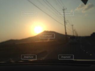 夕陽が沈む可也山の写真・画像素材[1339621]
