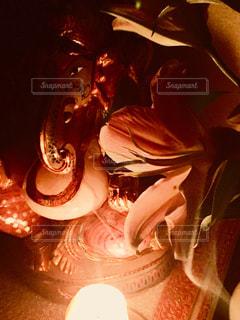 ロウソクの灯りだけで撮りましたガネーシャの写真・画像素材[1450611]
