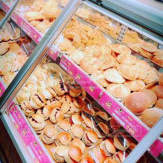 料理の種類でいっぱいのボックスの写真・画像素材[1283835]