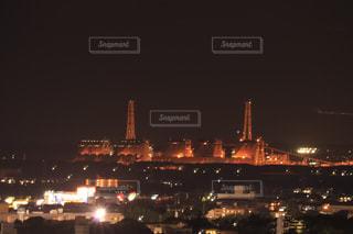 夜の街の景色の写真・画像素材[1284490]