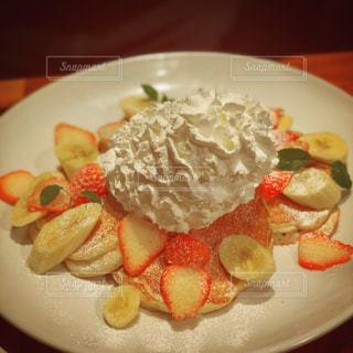近くの喫茶店でハワイのパンケーキの写真・画像素材[1286916]