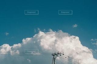 真夏の雲の写真・画像素材[3333366]