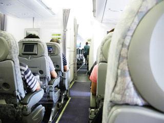 飛行機の機内の写真・画像素材[1832100]